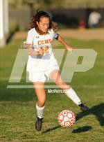 This MaxPreps.com professional photo features Cathedral Catholic high school Veronica Martinez de Pinillos playing Girls Soccer. This photo was shot by Ming Chung Lin and published on Lin.