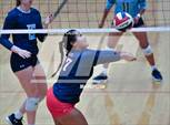 This MaxPreps.com professional photo features Roosevelt high school Layla Ledesma playing  Volleyball. This photo was shot by Joe Calomeni and published on Calomeni.